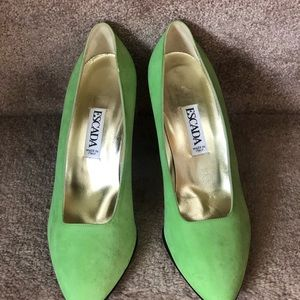 ESCADA-VINTAGE LIME SUEDE SHOE